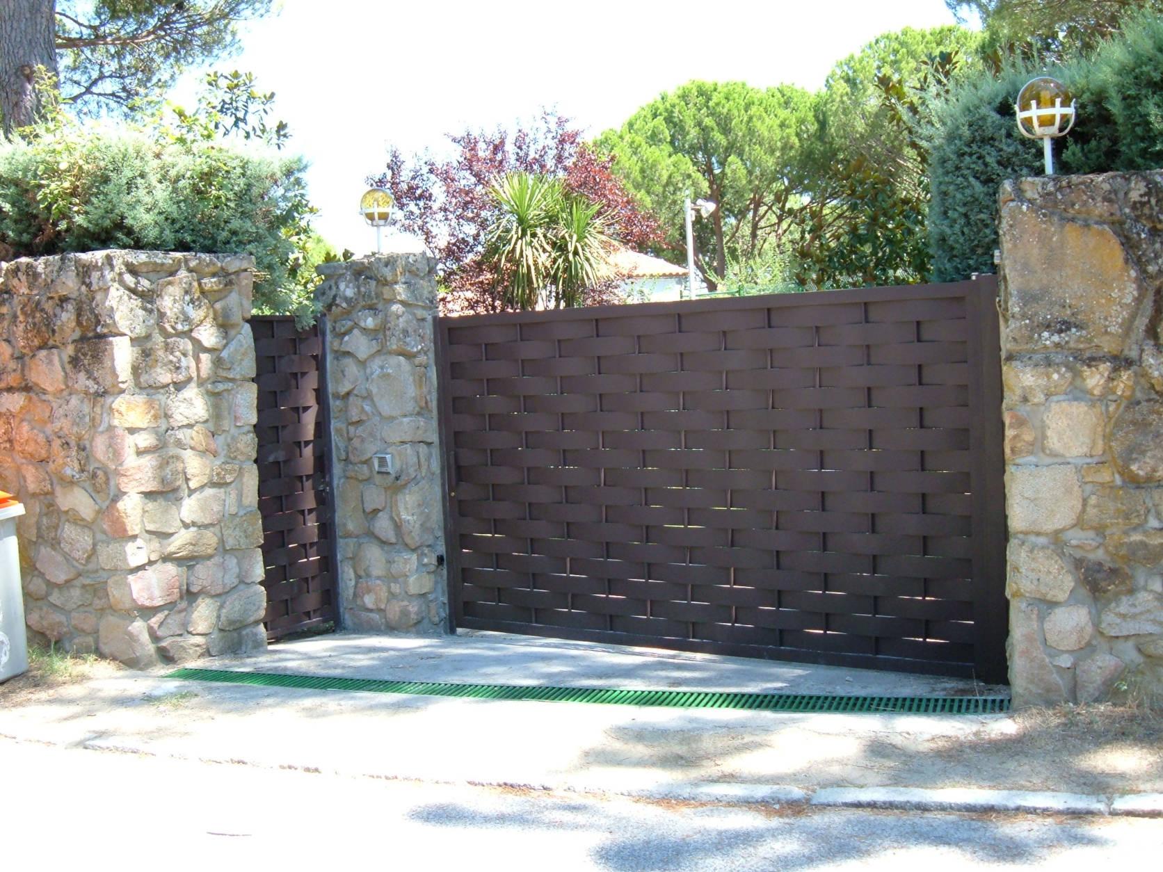 Fabricación puerta Madrid